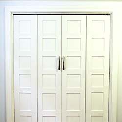 bi-fold closet door makeover | dwellinggawker