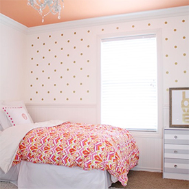 gold polka dot room | dwellinggawker