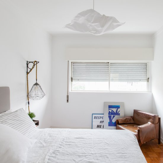 All-white decor