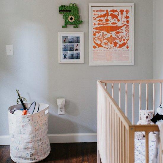 A Minimalist Toddler Room/Nursery