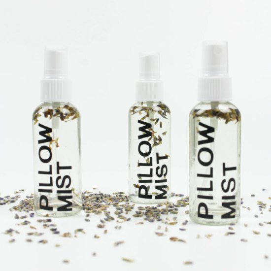 DIY Lavender Pillow Mist
