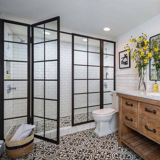 ... Chic Black U0026 White Bathrooms